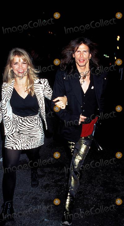 Aerosmith Photo - Versace Party-versace Boutique New York City Steven Tyler (Aerosmith) Photo Henry Mcgee  Globe Photos Inc