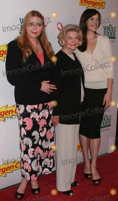 DOROTHEA JOHNSON Photo - New York NY 10-08-07Liv Tyler with mother Bebe Buell and grandmother Dorothea Johnsonattend launch of Emergen-C Pink health and energy drink to benefit The Keep A Breast Foundation at Whole Foods Market BoweryDigital photo by Lane Ericcson-PHOTOlinknet