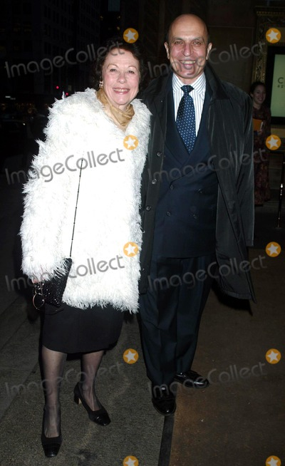 THOM CHRISTOPHER Photo - Thom Christopher and Wife at risk-takers in the Arts Hosted by the Sundance Institute at Cipriani 42nd Street in New York City on April 23 2003 Photo by Henry McgeeGlobe Photosinc2003 K30187hmc