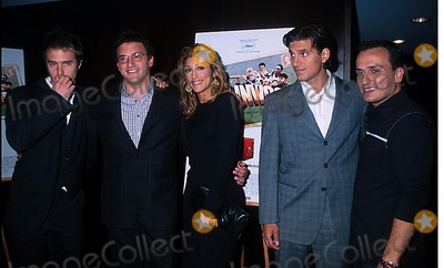 Andrew Davoli Photo - Sd0926 Welcome to Collinwood Screening at the Bryant Park Hotel New York City Photo Henry Mcgee Globe Photos Inc 2002 Sam Rockwell Anthony Russo Jennifer Esposito Andrew Davoli  Joe Russo