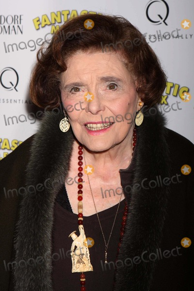 Patricia Neal Photo - New York NY 11-10-2009Patricia Neal at the premiere of Fox Searchlight Pictures FANTASTIC MR FOX at Bergdorf Goodman The Mens StoreDigital photo by Lane Ericcson-PHOTOlinknet