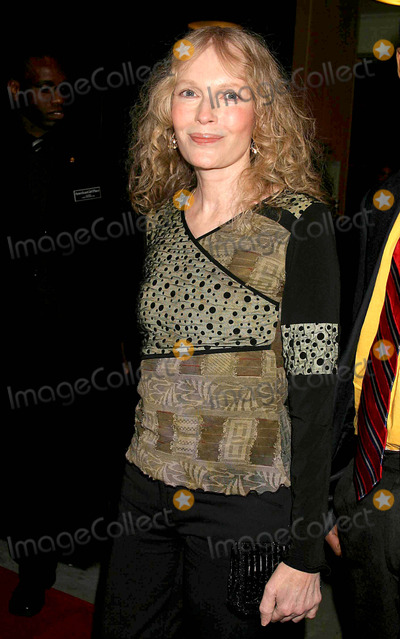 Mia Farrow Photo - Mia Farrow Arriving at the Premiere of Samantha an American Girl Holiday at American Girl Place in New York City on November 14 2004 Photo by Henry McgeeGlobe Photos Inc 2004