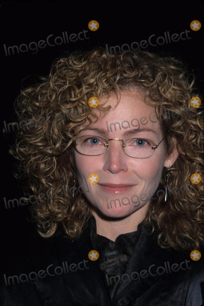 Amy Irving Photo - Amy Irving Traffic Screening at Chelsea West Theatre New York 2000 K20593hcm Photo by Henry Mcgee-Globe Photos Inc