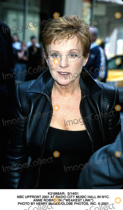 Anne Robinson Photo -  51401 NBC Upfront 2001 at Radio City Music Hall in NYC Anne Robinson (Weakest Link) Photo by Henry McgeeGlobe Photos Inc
