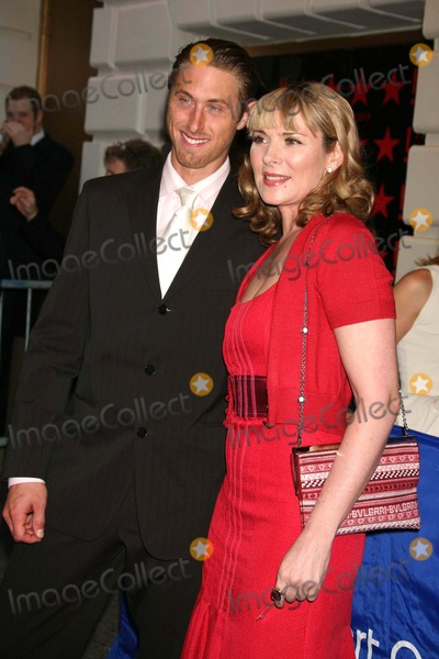 Alan Wyse Photo - Kim Cattrall with Boyfriend Alan Wyse Arriving at the Opening Night Performance For Frostnixon at the Bernard B Jacobs Theatre in New York City on 04-22-2007 Photo by Henry McgeeGlobe Photos Inc 2007