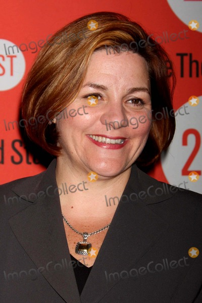 Anna  DEAVERE Smith Photo - Christine Quinn Arriving at the Opening Night Performance of Anna Deavere Smiths Let Me Down Easy at Second Stage Theatre in New York City on 10-07-2009 Photo by Henry Mcgee-Globe Photos Inc 2009