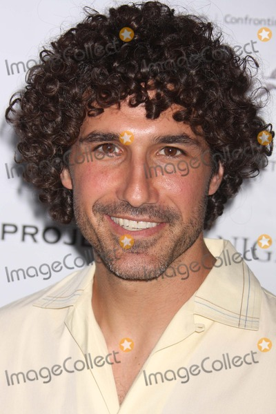 Ethan Zohn Photo - New York NY 07-24-2008Ethan Zohn (winner of SurvivorAfrica)Party to launch Nigel Barkers traveling photography exhibit A SEALED FATE at 401 Projects Digital photo by Lane Ericcson-PHOTOlinknet