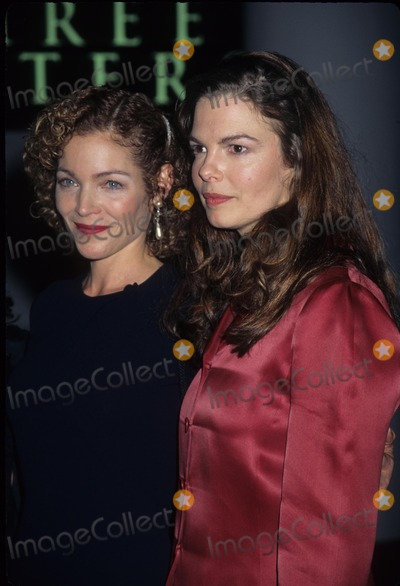 Jeanne Tripplehorn Photo - Amy Irving with Jeanne Tripplehorn Three Sisters Open Nigh on Broadway at Roundabout Theater New York 1997 K7768hmc Photo by Henry Mcgee-Globe Photos Inc