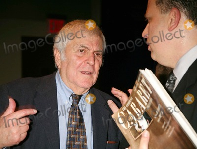 John Kander Photo - JOHN KANDER AND BILLY STRITCH AT THE FRED EBB FOUNDATION AND ROUNDABOUT THEATRE COMPANY COCKTAIL RECEPTION AND PRESENTATION OF THE 1ST ANNUAL FRED EBB AWARD FOR MUSICAL THEATRE SONGWRITING AT THE AMERICAN AIRLINES THEATRE PENTHOUSE LOUNGE IN NEW YORK CITY ON 11-29-2005  PHOTO BY HENRY McGEEGLOBE PHOTOS INC 2005K46088HMc