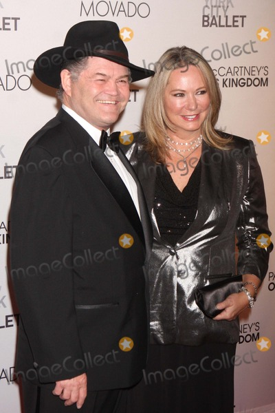 Micky Dolenz Photo - MICKY DOLENZ of The Monkees and wife DONNA QUINTER arriving at the New York City Ballets Fall Gala featuring the world premiere of Paul McCartneys Oceans Kingdom at David H Koch Theater Lincoln Center in New York City on 09-22-2011  Photo by Henry McGee-Globe Photos Inc 2011