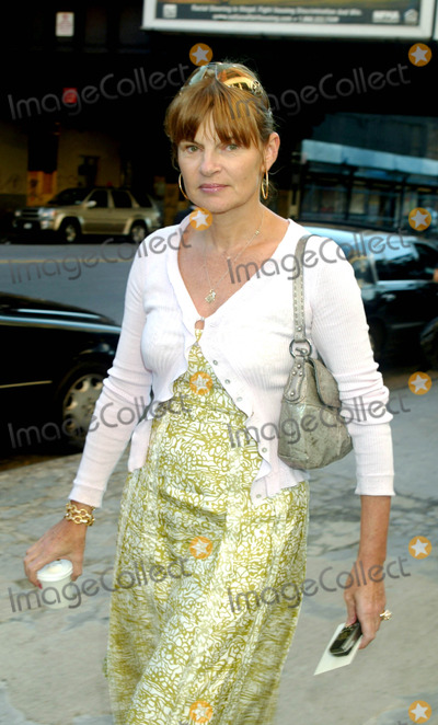 Ann McNally Photo - Anne Mcnally at Calvin Klein Showing of Spring Collection at Milk Studios in New York City on September 16 2003 Photo Henry Mcgee Globe Photos Inc 2003