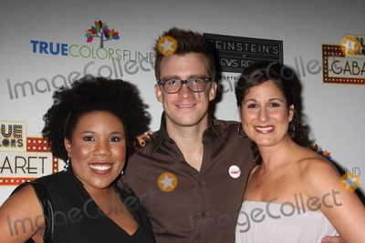 Gavin Creel Photo - NYC  092809Melinda Doolittle (American Idol) Gavin Creel (Hair) and Stephanie J Block at the launch of the first monthly True Colors Cabaret presented by The True Colors Tour Broadway Impact and the True Colors Fund at Feinsteins at Loews RegencyDigital Photo by Adam Nemser-PHOTOlinknet