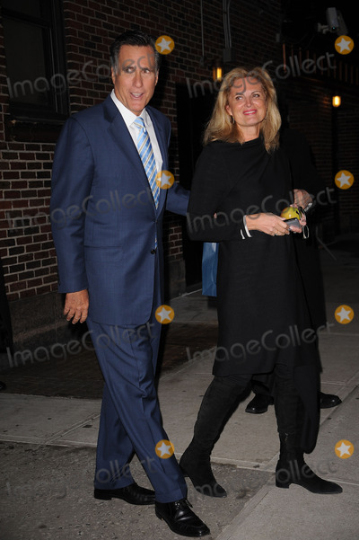 ANN ROMNEY Photo - Politician Mitt Romney (L) and his wife Ann Romney made an appearance at the Late Show With David Letterman at the Ed Sullivan Theater on March 2 2010 in New York City