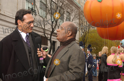 AL ROCKER Photo - New York November 25 2004 JIMMY SMITS and AL Rocker  2004 Macys Thanksgiving Day Parade