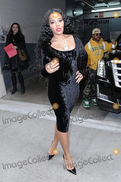 Angela Simmons Photo - January 7 2016 New York CityAngela Simmons made an appearance at HuffPost Live on January 7 2016 in New York CityCredit Kristin CallahanACE Tel 646 769 0430