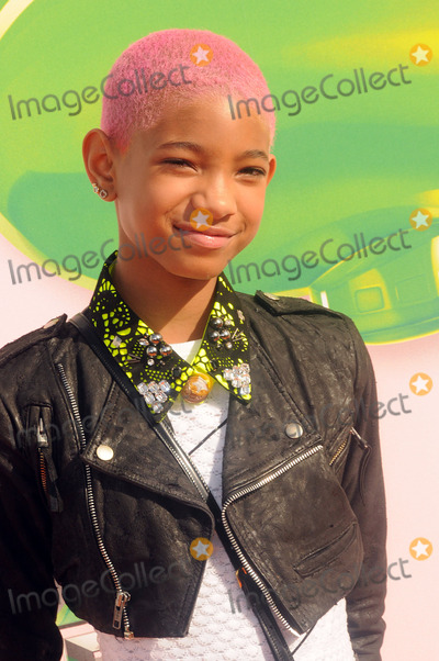 Willow Smith Photo - Willow Smith arriving at Nickelodeons 25th Annual Kids Choice Awards at Galen Center on March 31 2012 in Los Angeles