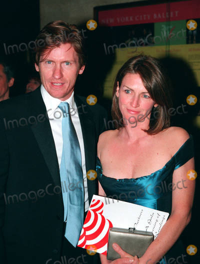 Ann Lembeck Photo - Denis Leary and his wife Ann Lembeck arrive at Literacy Partners fundraiser A Gala Evening of Readings May 6 2002 at Lincoln Center in New York City REF AMUS2099