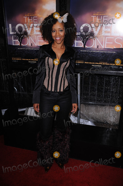 Chrystee Pharris Photo - Chrystee Pharris arriving at the The Lovely Bones premiere at the Paris Theatre on December 2 2009 in New York City