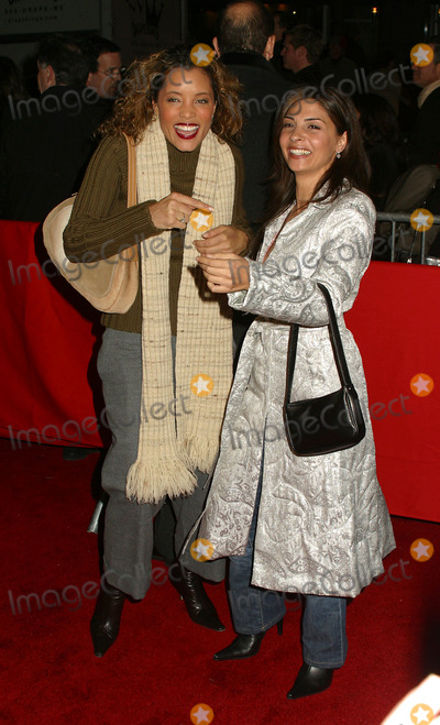 Callie Thorne Photo - Callie Thorne and Michael Michele arriving at the World Premiere of Analyze That in New York December 12 2002