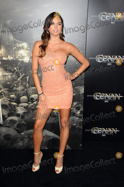 Alina Puscau Photo - Alina Puscau arriving at the premiere Conan The Barbarian on August 11 2011 in Los Angeles California