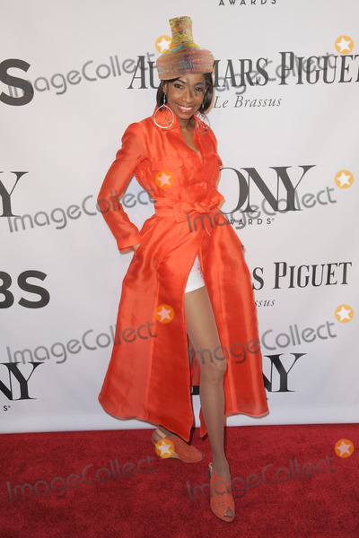 Adriane Lenox Photo - June 8 2014 New York CityAdriane Lenox attending the 68th Annual Tony Awards at Radio City Music Hall on June 8 2014 in New York City