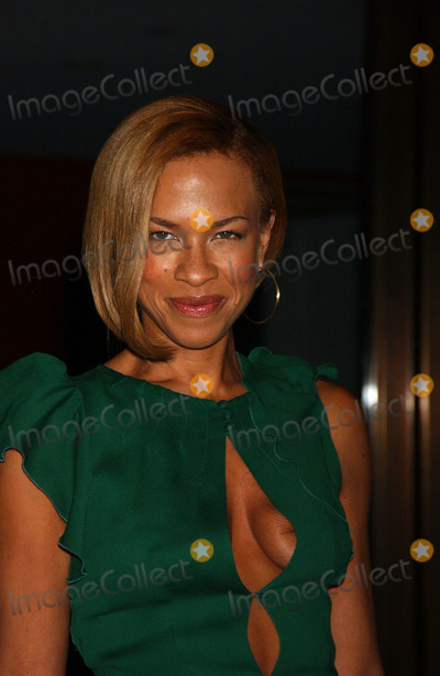 Tonya Lewis Lee Photo - Tonya Lewis Lee attends the Glamour Magazine Awards honoring the 2006 Women of the Year