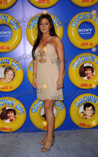 NICOLE FARLEY Photo - Nicole Farley (J-Woww) at the premiere of Grown Ups at the Ziegfeld theatre on June 23 2010 in New York City