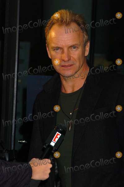 Sting Photo - October 30 2005 New York City    Sting arriving at the New York Premiere of Derailed at the Loews Lincoln Centre Theatre