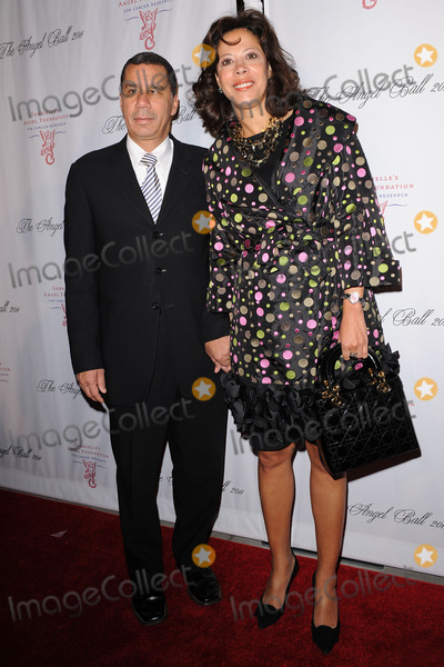 David Paterson Photo - David and Michelle Paterson attend the 2011 Angel Ball To Benefit Gabrielles Angel Foundation at Cipriani Wall Street on October 17 2011 in New York City