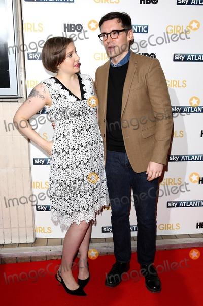 Lena Dunham Photo - Janaury 15 2014 LondonLena Dunham and Erdem Moralioglu at the UK premiere of Girls the third series held at the Cineworld Haymarket on Janaury 15 2014 in London