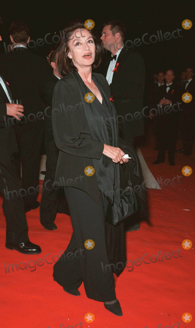 Anouk Aimee Photo - 20MAY99 Actress ANOUK AIMEE at the 6th annual Cinema Against AIDS Gala in Cannes to benefit the American Foundation for AIDS Research (AmFAR) Paul Smith  Featureflash