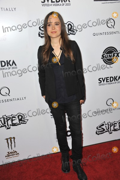 Ellen Page Photo - Ellen Page at the Los Angeles premiere of her new movie Super at the Egyptian Theatre HollywoodMarch 21 2011  Los Angeles CAPicture Paul Smith  Featureflash