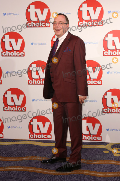 Adam Woodyatt Photo - Adam Woodyatt at the 2015 TV Choice Awards at the Hilton Hotel Park Lane London September 7 2015  London UKPicture James Smith  Featureflash