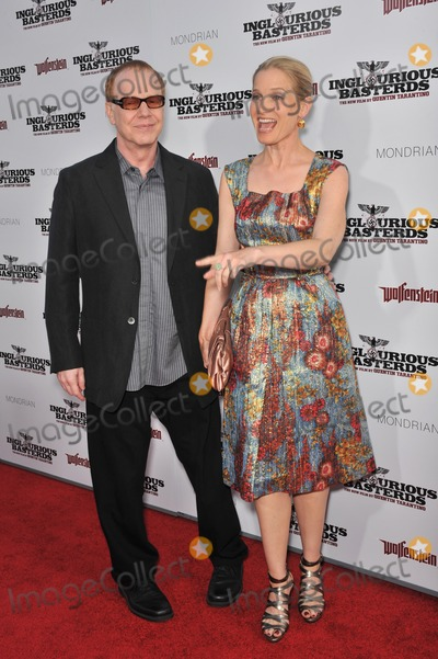 Bridget Fonda Photo - Bridget Fonda  husband Danny Elfman at the Los Angeles premiere of Inglourious Basterds at the Graumans Chinese Theatre HollywoodAugust 10 2009  Los Angeles CAPicture Paul Smith  Featureflash