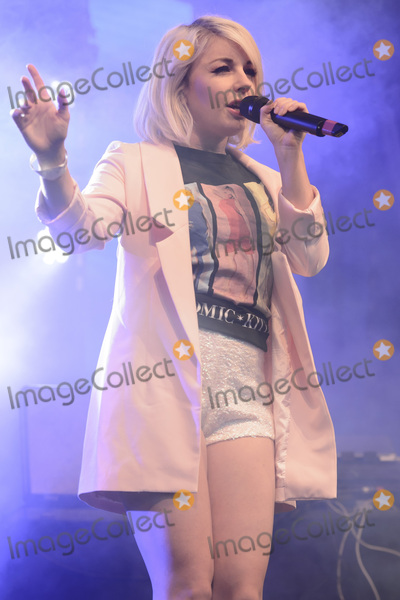 Little Boots Photo - Victoria Hesketh aka Little Boots on stage at Gay Pride 2015 in Manchester Canal Street ManchesterAugust 30 2015  London UKPicture Dave Norton  Featureflash