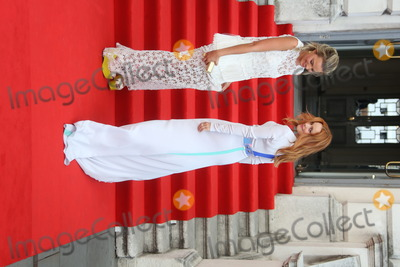 Margot Robbie Photo - Margot Robbie and Rachel McAdams arriving for the About Time UK Premiere held at Somerset House London 08082013 Picture by Henry Harris  Featureflash