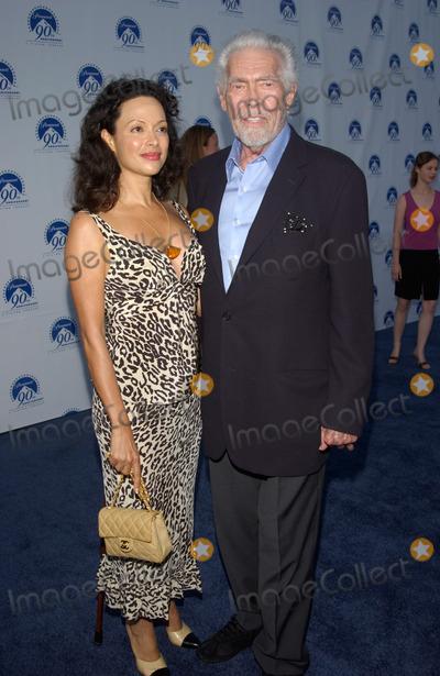James Coburn Photo - Actor JAMES COBURN  wife PAULA at the Paramount Pictures 90th Anniversary Gala at Paramount Studios Hollywood14JUL2002   Paul Smith  Featureflash