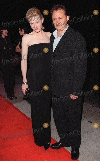 Andrew Upton Photo - 14OCT98  Australian actress CATE BLANCHETT with ANDREW UPTON at the Los Angeles premiere of her new movie Elizabeth in which she stars as Queen Elizabeth I