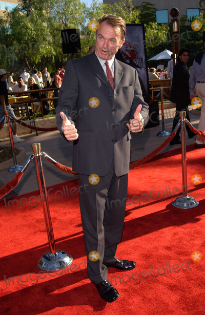 Sam Neill Photo - Actor SAM NEILL at the world premiere in Los Angeles of his new movie Jurassic Park III16JUL2001   Paul SmithFeatureflash