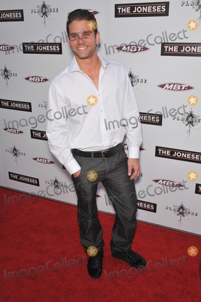Andrew DiPalma Photo - Andrew DiPalma at the Los Angeles premiere of his new movie The Joneses at the Arclight Theatre HollywoodApril 8 2010  Los Angeles CAPicture Paul Smith  Featureflash