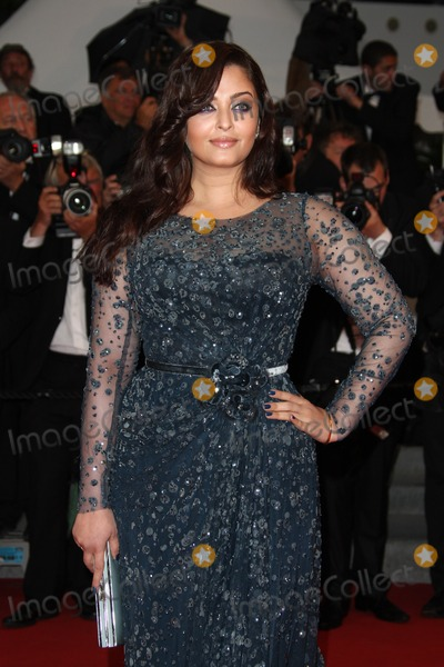Aishwarya Ray Photo - Aishwarya Rai arriving for the Cosmopolis premiere during the 65th annual Cannes Film Festival Cannes France 25052012 Picture by Henry Harris  Featureflash