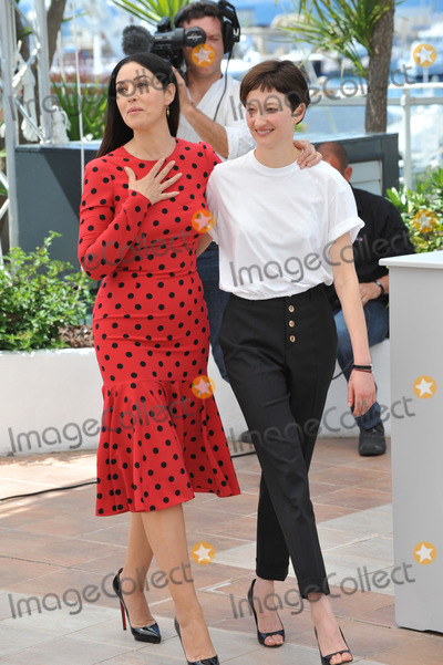 Alba Rohrwacher Photo - Monica Bellucci  Alba Rohrwacher (right) at the photocall for their movie The Wonders at the 67th Festival de CannesMay 18 2014  Cannes FrancePicture Paul Smith  Featureflash