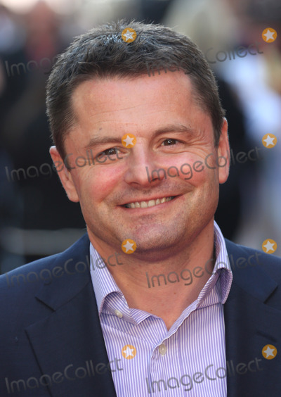 Chris Hollins Photo - Chris Hollins arriving for the Chariots of Fire Premiere held at the Empire Leicester Square - London England 10072012 Picture by Henry Harris  Featureflash