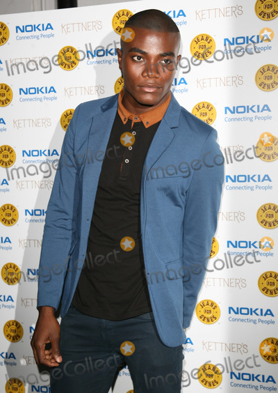 Anthony Kaye Photo - Anthony Kaye arriving for the Jeans For Genes Launch Party at Kettners London 06092011  Picture by Alexandra Glen  Featureflash