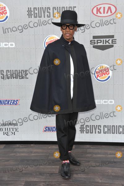 Raphael Saadiq Photo - Raphael Saadiq at Spike TVs 2014 Guys Choice Awards at Sony Studios Culver CityJune 7 2014  Los Angeles CAPicture Paul Smith  Featureflash