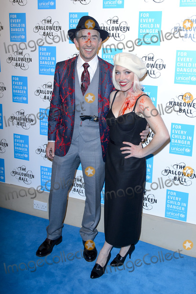 Daisy Lewis Photo - Steve Coogan  Daisy Lewis at the UNICEF Halloween Ball at One Mayfair LondonOctober 29 2015  London UKPicture Dave Norton  Featureflash