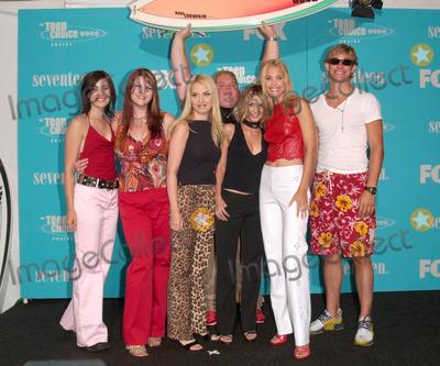 Bryce Johnson Photo - Cast of Polular (LtoR) CARLY POPE SARA RUE LESLIE GROSSMAN TAMARA MELLO LESLIE BIBB BRYCE JOHNSON  RON LESTER (in rear) at the Teen Choice Awards in Santa Monica California