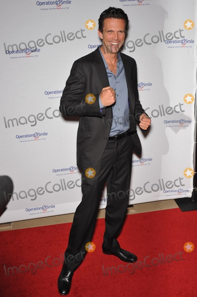 Ashley Hamilton Photo - Ashley Hamilton at the Operation Smile Gala at the Beverly Hilton Hotel to benefit the childrens medical charityOctober 2 2009  Beverly Hills CAPicture Paul Smith  Featureflash