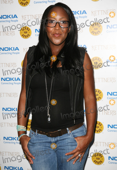 Angelica Bell Photo - Angelica Bell  arriving for the Jeans For Genes Launch Party at Kettners London 06092011  Picture by Alexandra Glen  Featureflash