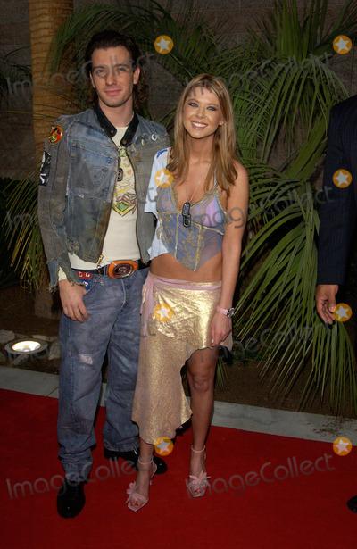 JC Chasez Photo - Actress TARA REID  boyfriend JC CHASEZ of NSync at the 2002 Billboard Music Awards at the MGM Grand Las Vegas09DEC2002